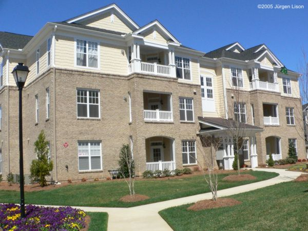 The Courtyard condominiums at Bentley-Ridge